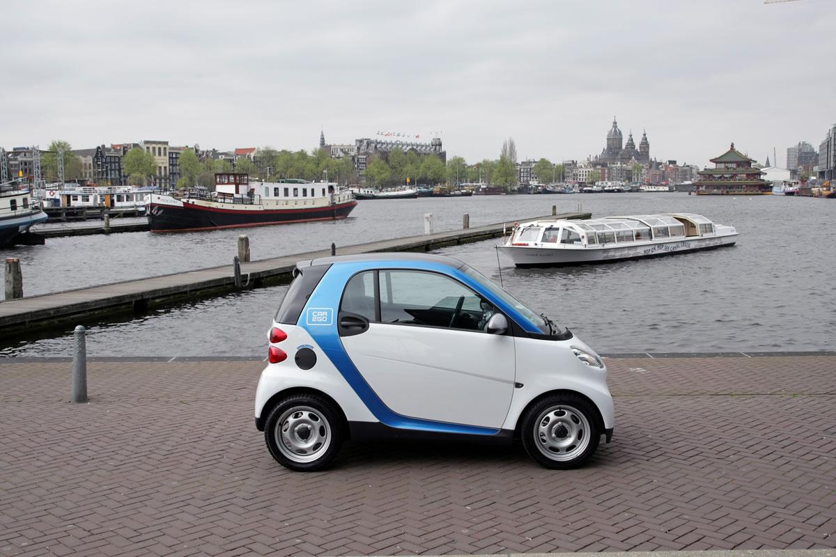 smart-car2go-amsterdam-electric-828365_1530016_3780_2520_11c382_01