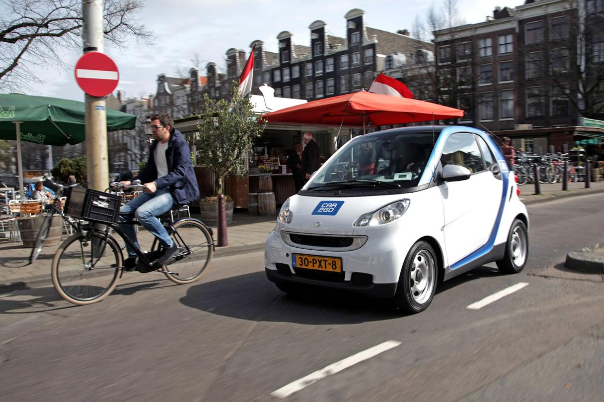 smart-car2go-amsterdam-electric-828367_1530022_3780_2520_11c382_03