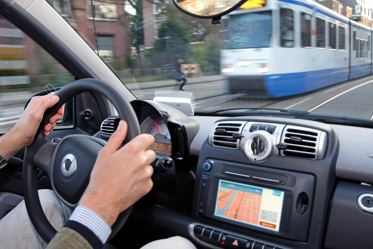 smart-car2go-amsterdam-electric-828371_1530034_3780_2520_11c382_07
